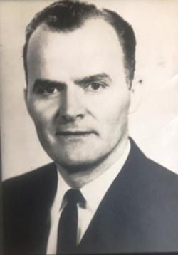 Rev. Dan E. Hiett