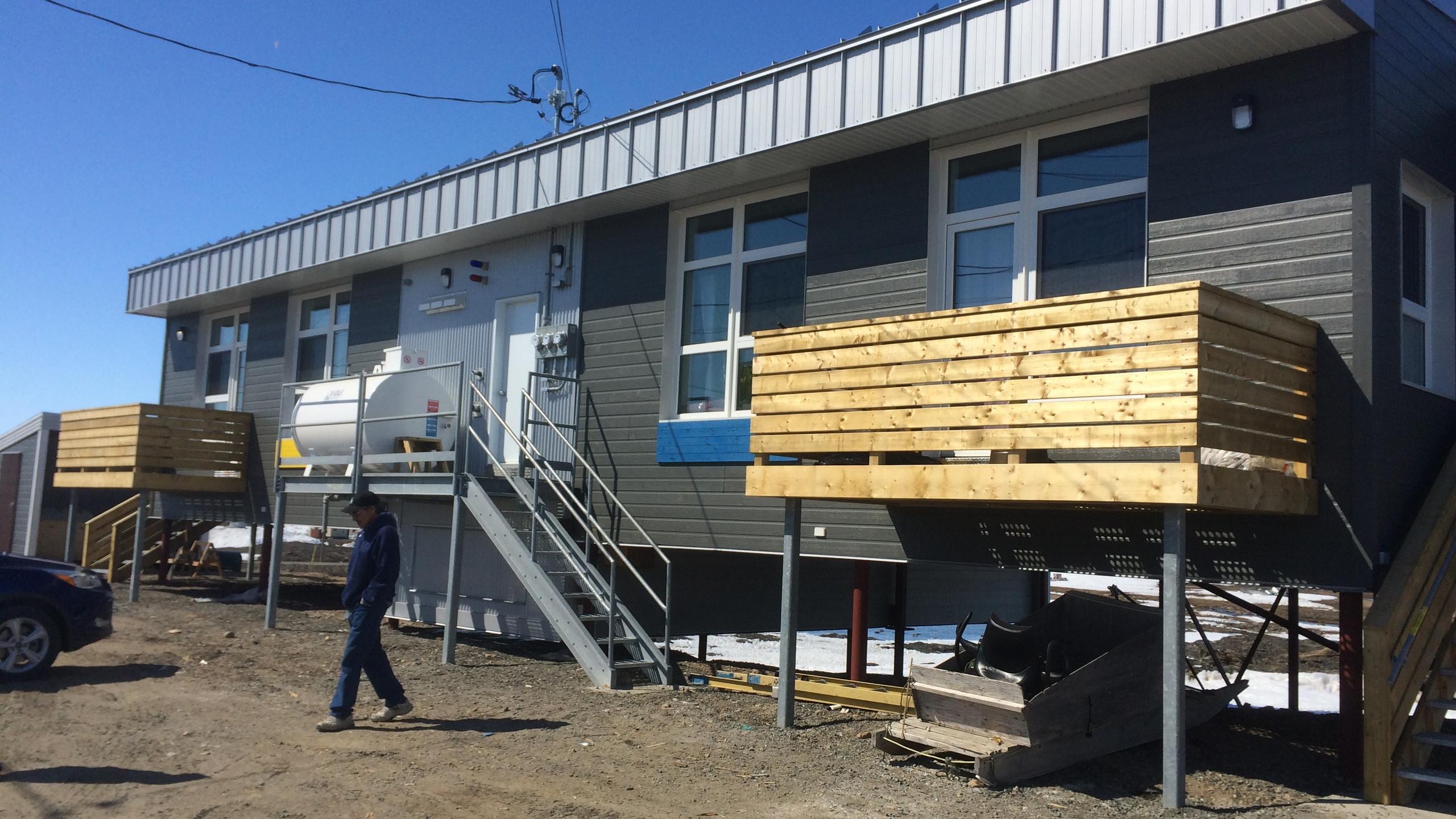 House prototype built on piles