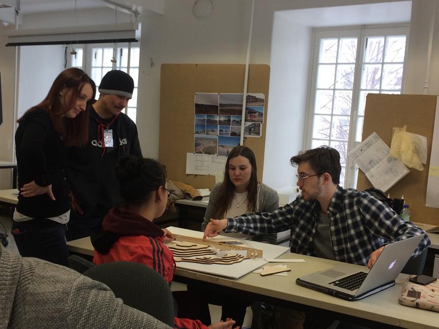 En atelier à l'École d'architecture