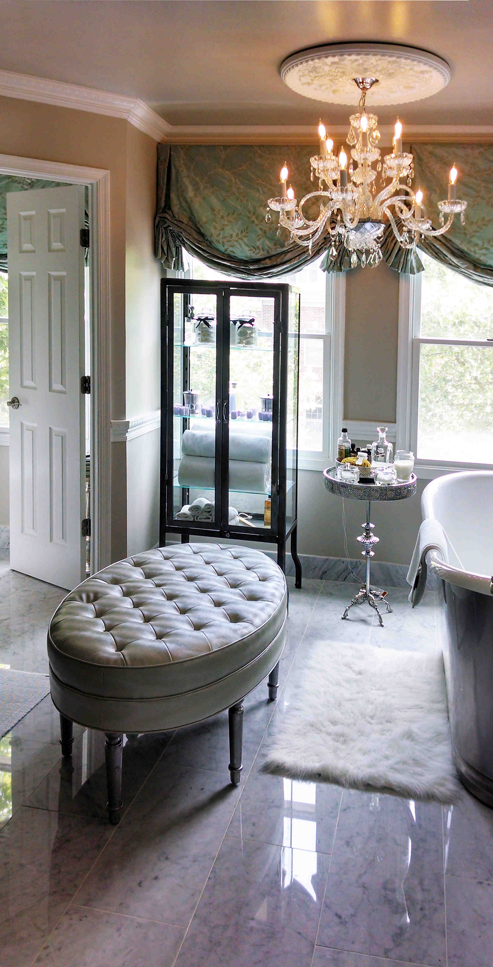 A beautiful formal and traditional bathroom.