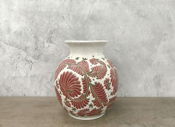 Red fern flow vase
