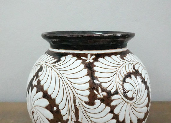 Fern flow ceramic vase