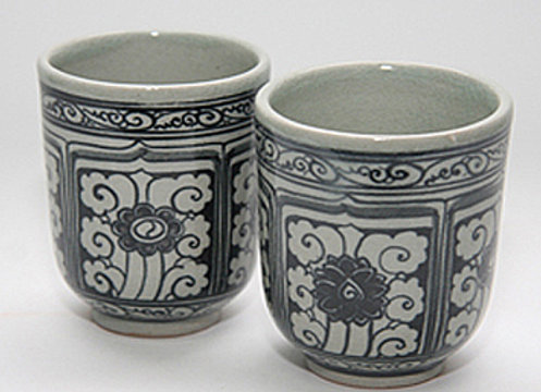 Celadon Floral Window Tea Cup