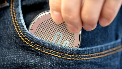 Rollova is a compact digital rolling ruler, it the perfect measuring gadget for your lifestyle.