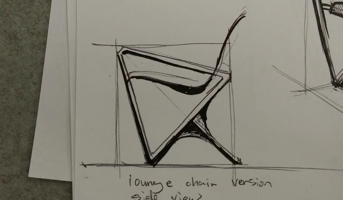 等边三角形的设计符号十分吸睛,但在人机工程上就让人费劲了心思