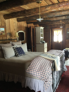 Authentic wranglers apartment in historic barn
