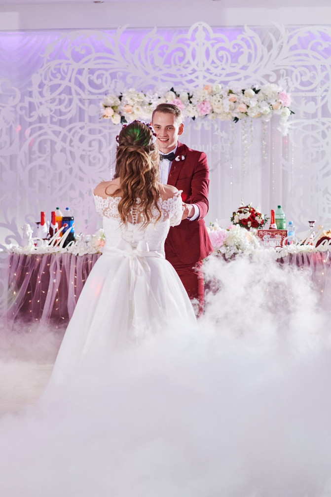 Осенние и зимние свадьбы в ресторанах сети Амулет!