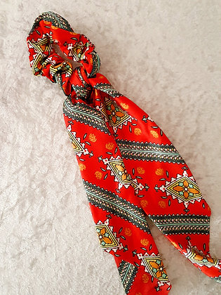 Long Tail Scrunchie Red Pattern