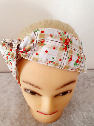 Picnic on Beige Wired Hair Tie