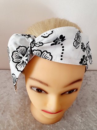 White and Black Blossoms Wired Hair Tie
