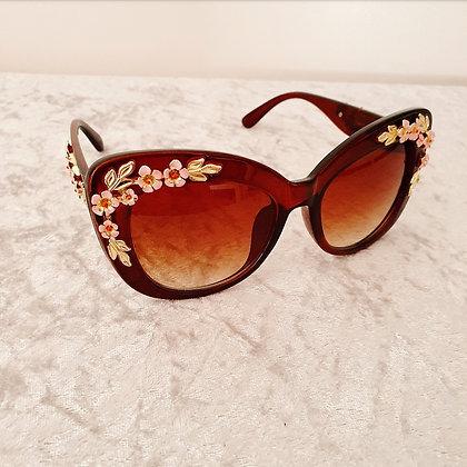 Brown Vintage Floral Sunglasses