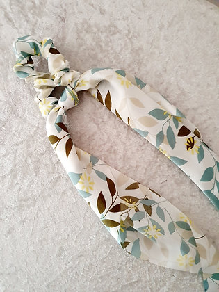 Long Tail Scrunchie Spring Floral
