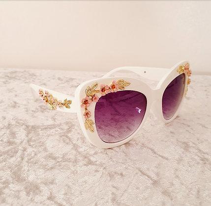 White Vintage Floral Sunglasses