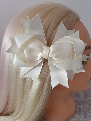 Large Cream Hair Bow