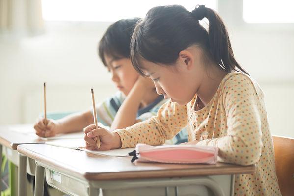 奈良,メガネ,読み書き障害,アーレンシンドローム,発達障害,視覚過敏,感覚過敏