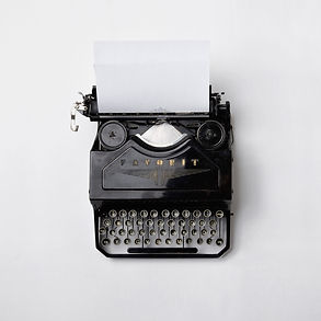 typewriter-min.jpg