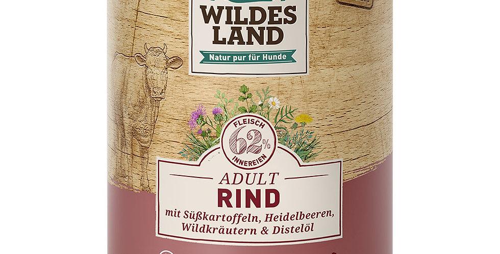 Rind mit Süßkartoffeln, Heidelbeeren, Wildkräutern und Distelöl
