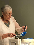 Esther_Cutting cake.jpg