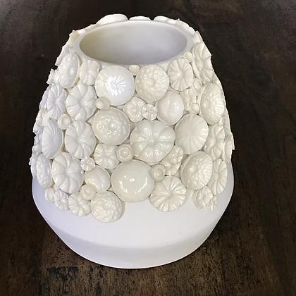Cream White Ocean Floor Sprig Vase