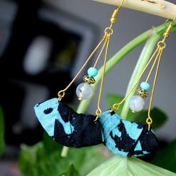 BO pendante, tissu Batik