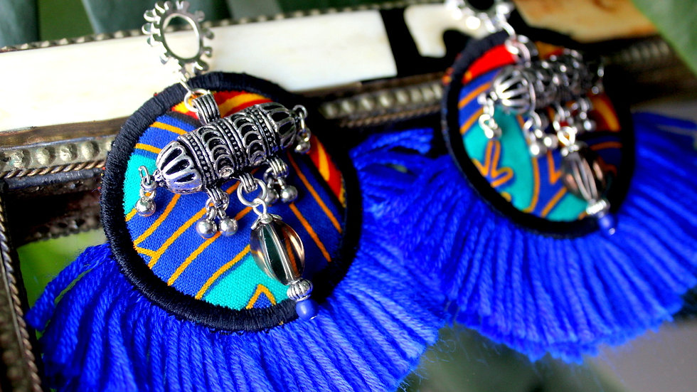 B.O plastron ronde en Wax tissé à frange bleu
