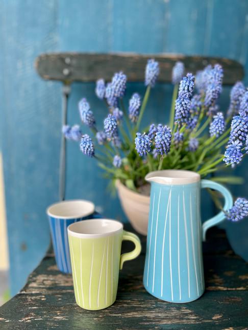 Christina Friis keramik. Kande kr.  Krus kr. 210,-