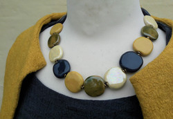 Halskæde fra Kazuri kr.495,-