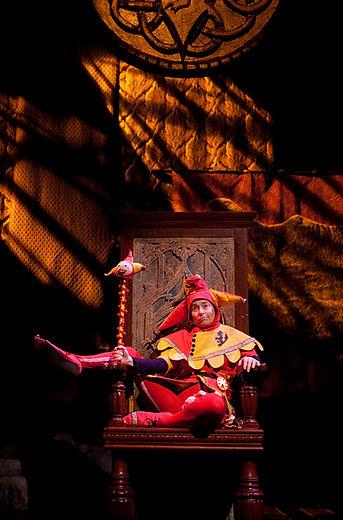 Jo Hall is King Lear - Swine Palace