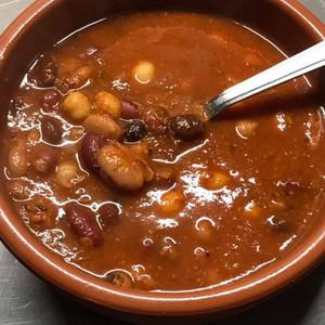 8 Bean Tomato Soup