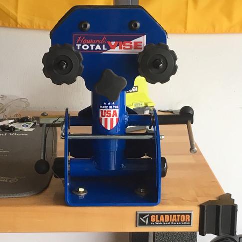 Sportsman Gun & Bow Vise System