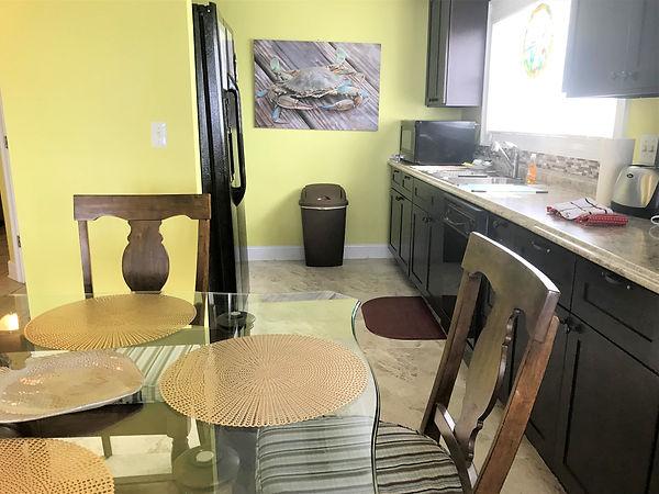 109 kitchen .jpg
