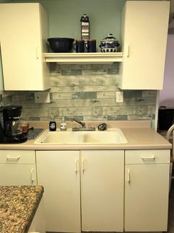 LC kitchen.jpg