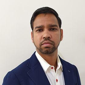 Singh, Naresh Cropped.jpg