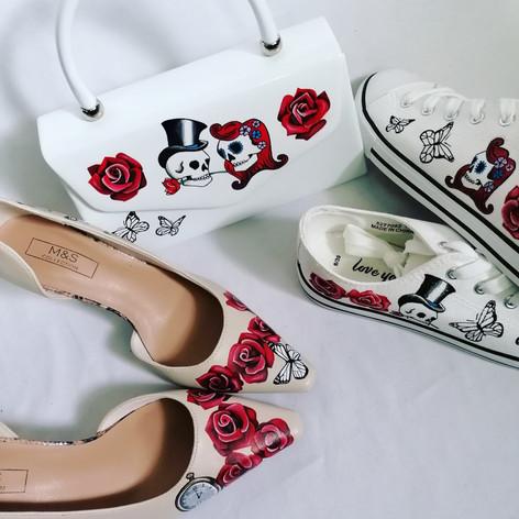 Skull and Roses Wedding Set