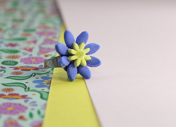 Single Blue and Yellow Flower Ring
