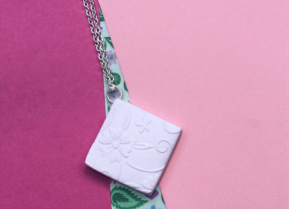 Soft Pink Floral Embossed Diamond Necklace
