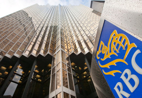 Where Can I Stay Near the RBC Bank Head Office in Toronto
