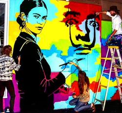 Frida Kahlo Painting Salvador Dali