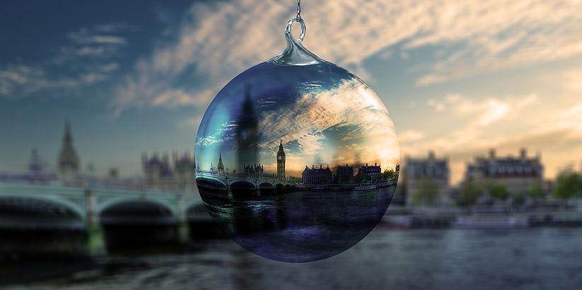 christmas-2553837_1280_edited.jpg