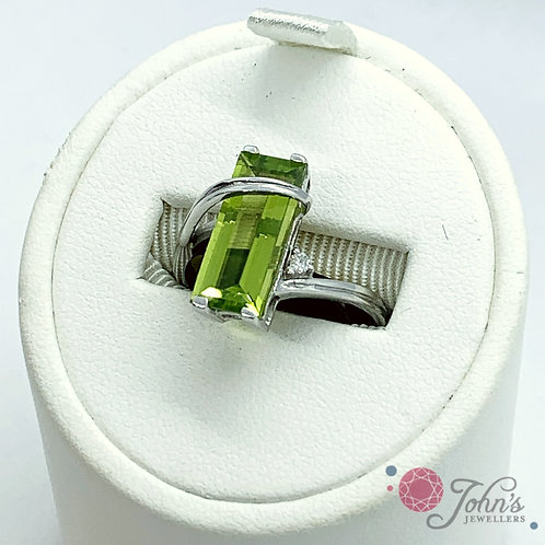 White Gold Peridot & Diamond Dinner Ring