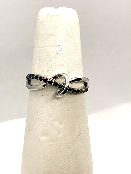White Gold Knot with Black Diamonds Ring