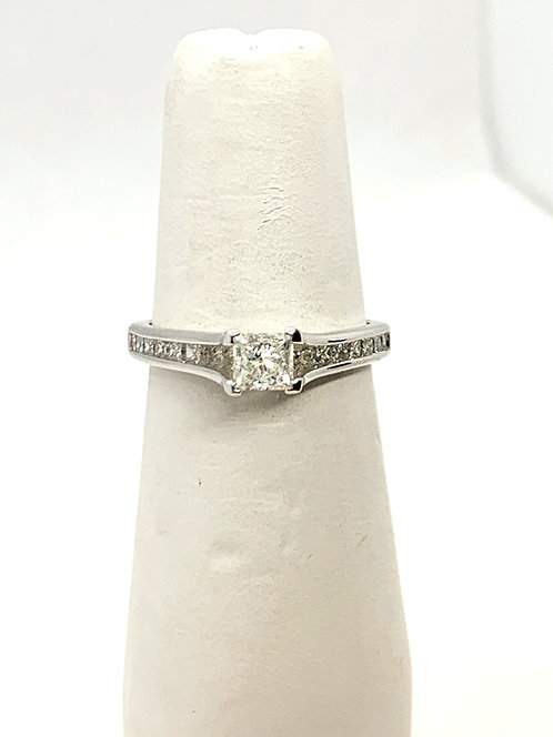 WG Princess Cut Diamond Ring