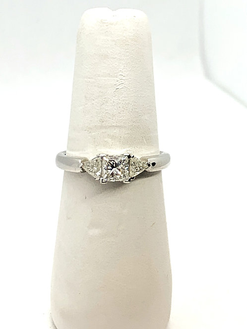 WG Canadian Diamond Trio Ring