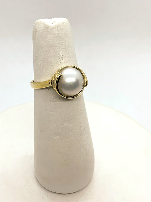 Yellow Gold Pearl Ring PP641