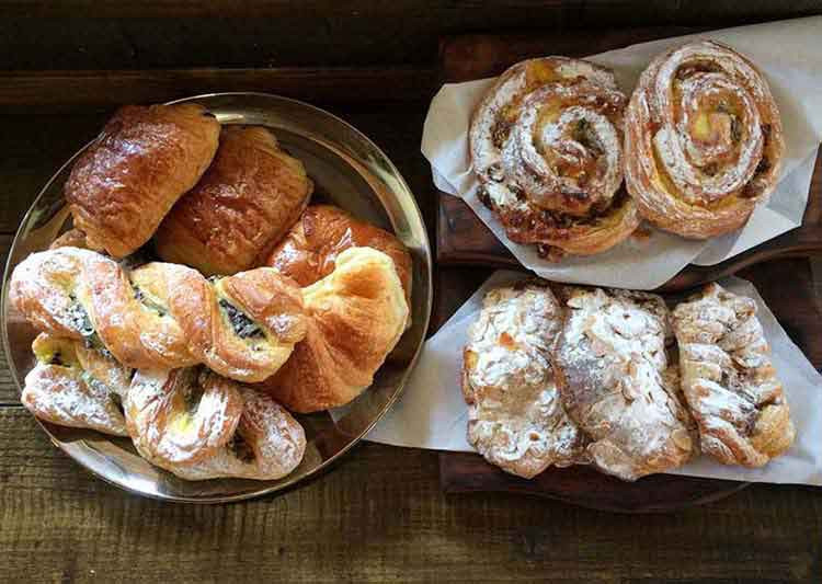 JJ's_Cafe_Redditch_pasteries.jpg