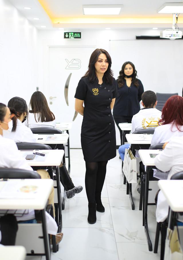 Yüksel Biçer Akademi Aralık Estetisyenlik Eğitimi.jpg