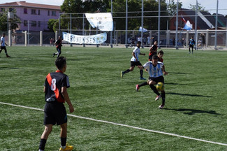 Una experiencia de ayuda y de vida barrial: un club deportivo, una familia.