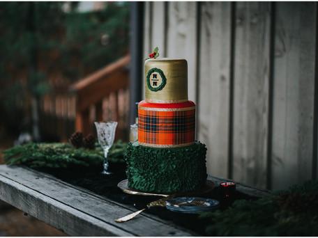 Christmas Wedding in Hood River, Oregon at Miller Farm Retreat