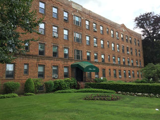 Hilton Hall Apartments