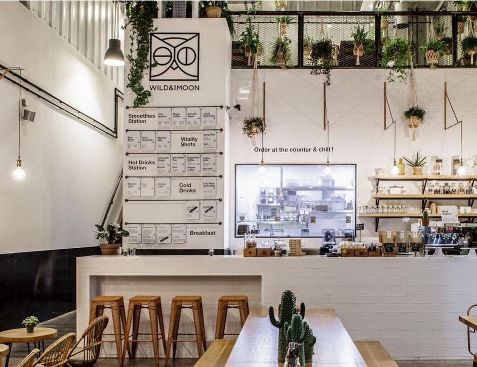 Dubai travel guide: healthy cafe